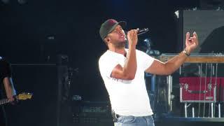 Luke Bryan singing - Sunrise, Sunburn, Sunset Live in concert at Fenway Park 7/6/18