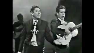 Sombras nada más.  Javier Solís 1965