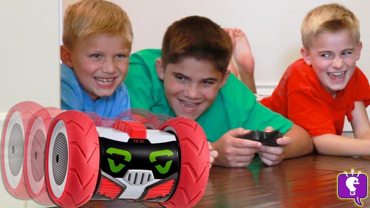 TURBO BOT PRANK BATTLE! HobbyKids vs. HobbyDad vs. GameTrixster?!