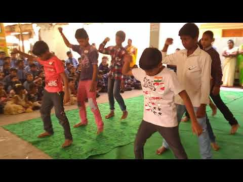 Sadda Dil vi tu dance practice boys 7th class