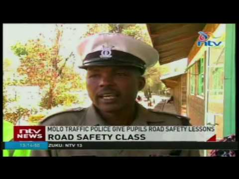 Molo traffic police give pupils road safety lessons