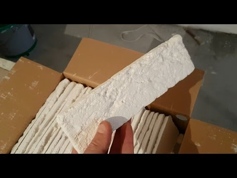 0 - Як клеїти декоративний камінь на стіни з шпалерами?