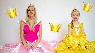 Gaby y mamá quieren ir a la fiesta de princesas | Alex y Gaby