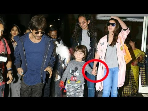 Shahrukh's Son Abram Khan CUTELY Holding Alia Bhatt's Hands At Airport After Dear Zindagi Promotions