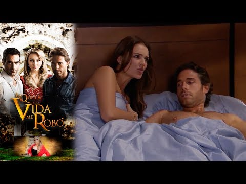 Montserrat sorprende a Maria con Alejandro en la cama | Lo que la vida me robó - Televisa