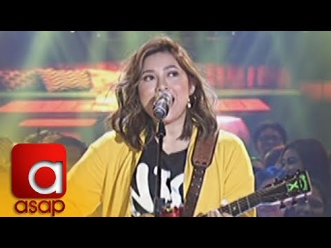 """ASAP: Moira Dela Torre delights the audience with her performance of """"Titibo-Tibo"""