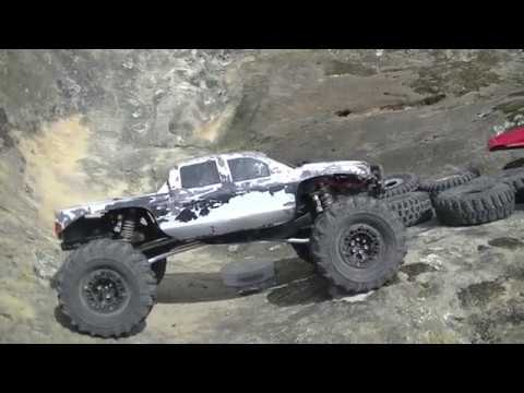 Crawler tire shoot out the best crawler tire