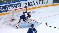 Невероятно! Вратарь забил гол на Кубке Первого канала/Finnish goalie Frans Tuohimaa goal