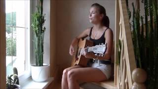Video Flashlight - Jessie J Cover (Louisa Joachim) download MP3, 3GP, MP4, WEBM, AVI, FLV Maret 2018