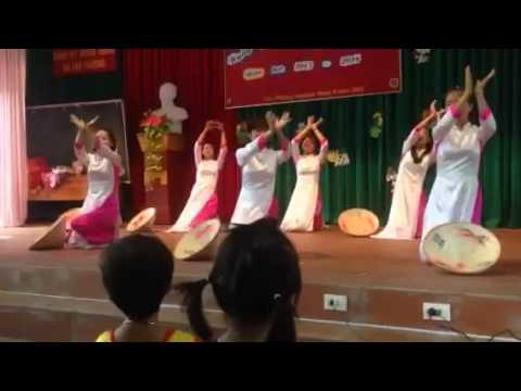 Múa: Bài ca cô giáo trẻ - GV trường MN Lâu Thượng