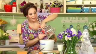 Десерт а-ля «Киевский торт»(А вы помните, что раньше в «Киевский торт» добавляли не фундук, а кешью? И пусть кондитеры по-прежнему хранят..., 2012-05-28T09:02:05.000Z)