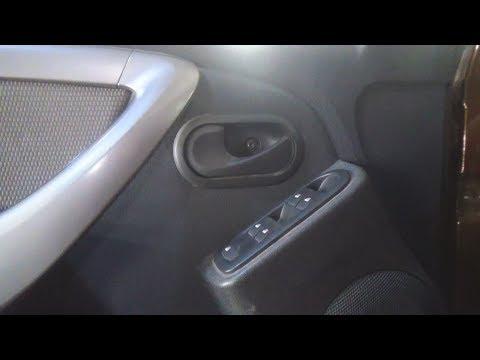 Как снять обшивку двери на рено дастер