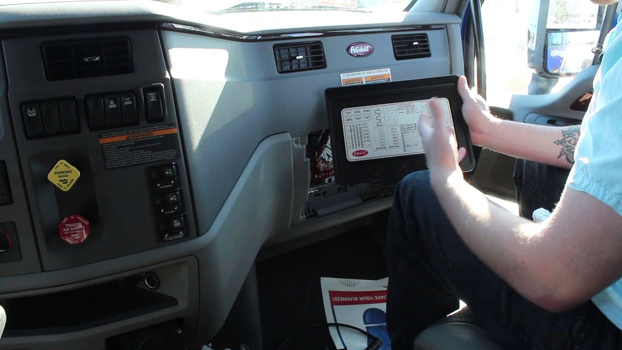maxresdefault how to check fuses peterbilt youtube 2014 kenworth t680 fuse box location at aneh.co
