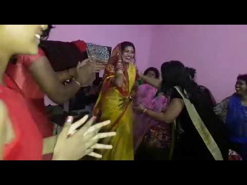 Awesome Dance by new marriage Bhabi  odia song ishq re GST lagibani jama