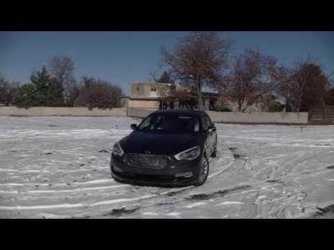 Real First Impressions Video 2015 Kia K900 Full Size Luxury Sedan