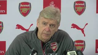 Wenger: Sanchez deal to Man Utd likely but could still break down