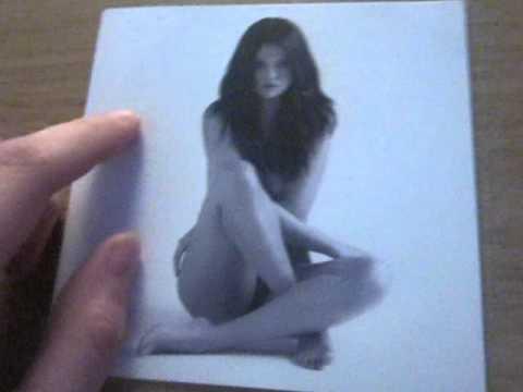 Selena Gomez Revival (Deluxe Edition) Unboxing!