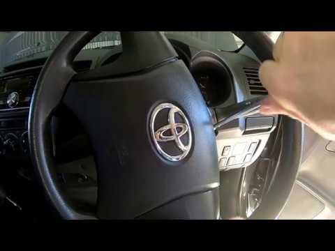 2.7 Petrol Toyota Hilux / Tacoma, Cruise Control.