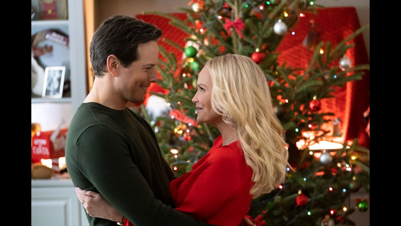 Kristin Chenoweth And Scott Wolf Bond Over Their Love Of Utah While Filming Christmas Tv Movie