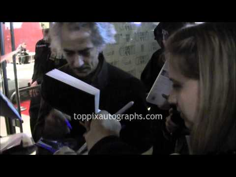 David Strathairn  Signing Autographs at the 'Lincoln' Premiere in NYC
