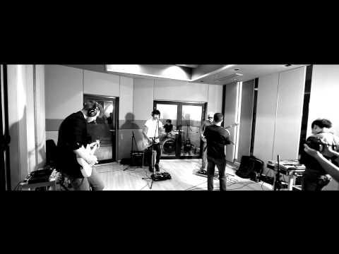 Max Jenmana - 99 Problems + Pumped Up Kicks [LIVE]