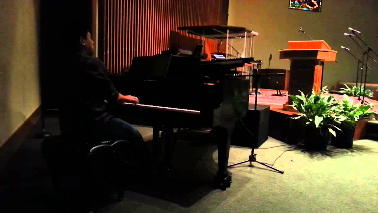 israel-houghton-jesus-at-the-center-impromptu-piano-cover-ivan-alexander
