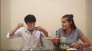 Indonesian Food Taste Test! Rendang, Keripik Maicih, Indomie, dll