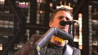 Muse - Headup + Interlude + Hysteria (T In The Park 2010)