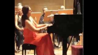 ROUMIANA ATHANASSOVA, Klavier:  Beethoven Klavierkonzert Nr.3, c-Moll, op.37