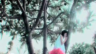Video 張韶涵 Angela Zhang - 能不能勇敢說愛 (官方版MV) download MP3, 3GP, MP4, WEBM, AVI, FLV Maret 2018