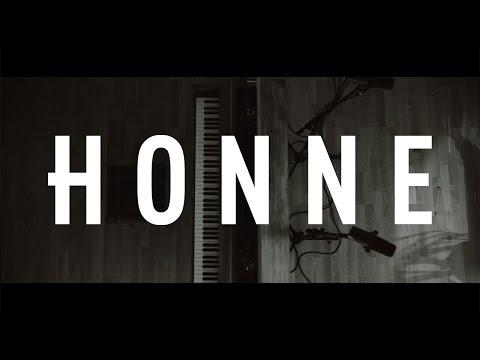 HONNE - No Place Like Home feat. JONES (Live)
