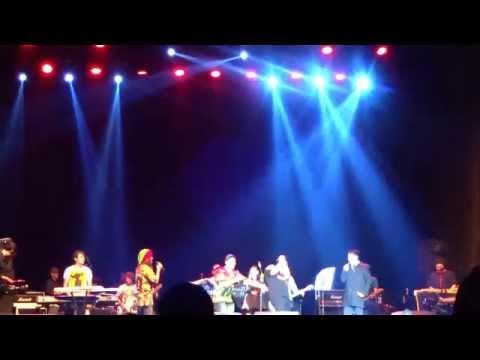P-Project ~ Nasib Anak Kost (The 90s Festival Bandung 2015)