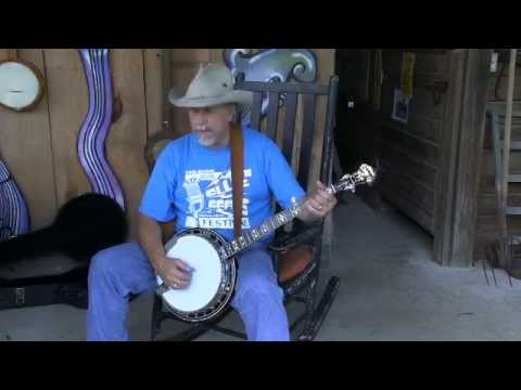 Play the Banjo By Ear versus Tablature