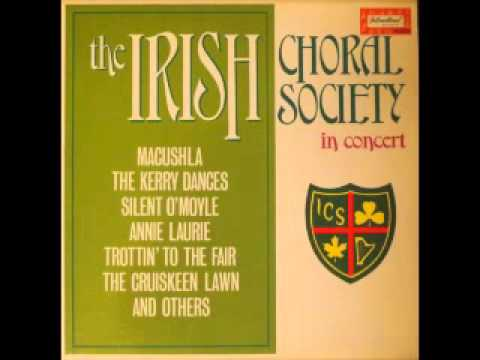 Irish Choral Society In Concert