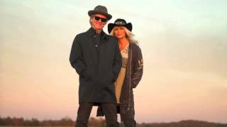 "Emmylou Harris & Rodney Crowell: ""Hanging Up My Heart"""