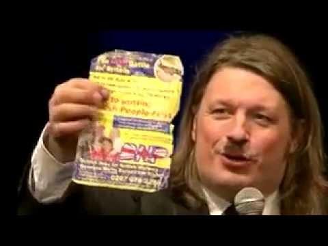 Richard Herring   Hitler Moustache  Ричард Херринг   Усы Гитлера, 2010 Русская озвучка   акт 2