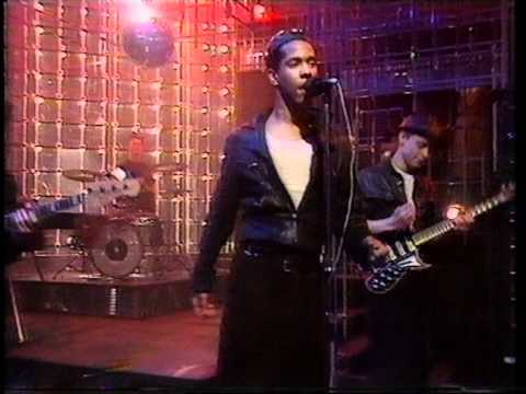 Joboxers - Johnny Friendly. Top Of The Pops 1983