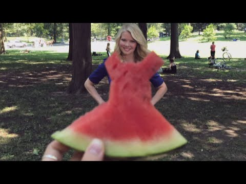 How to Strike the Perfect Watermelon Dress Pose