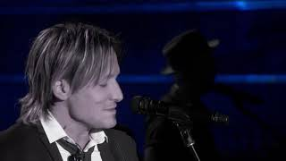 Keith Urban & Carrie Underwood - Blue Ain't Your Color & The Fighter - 2017 ACM Awards