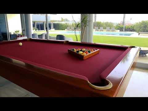 Luxury villa, 5 rooms, Garden, Swimming Pool, 1st. sea line, in Carcavelos