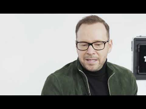 Between 2 Screens with Donnie Wahlberg Mp3