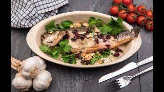 Фаршированная рыба с изюмом и орехами