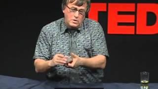 [TED] レナート・グリーン 「捻りのきいたクロースアップ・カードマジック」