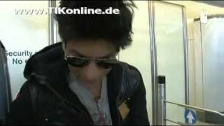 Shah Rukh Khan arriving at Berlin airport for filming Don2