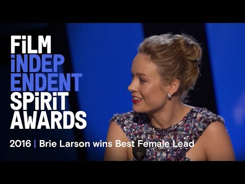 Brie Larson wins Best Female Lead at the 2016 Film Independent Spirit Awards