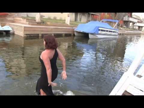 Melissa Head, polar plunge for Landon
