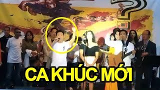 Việt Khang vừa cất tiếng hát làm ứa nước mắt hàng triệu con tim tại Hoa Thịnh Đốn