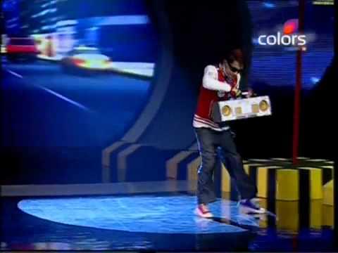 Dance by Harihar dash from ORISSA.INDIAS Got Talent Khoj -2.flv