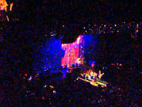 Fleetwood Mac ON WITH THE SHOW 2015 St Louis 3-27-15