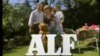 Download lagu ALF Intro